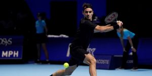 TENIS:  Federer liquida a Djokovic, y Nadal acabará el año como número uno