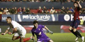 Chicharito jugó su primer partido completo pero el VAR limitó su felicidad