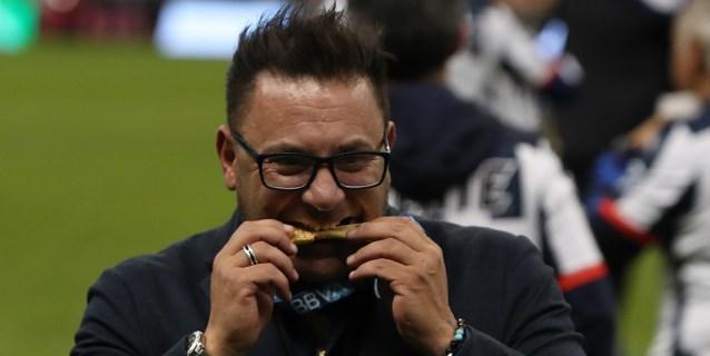 El argentino Mohamed asegura ser el hombre más feliz de mundo