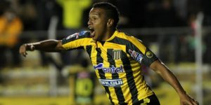 El colombiano Reinoso anota un póker en una noche goleadora del The Strongest