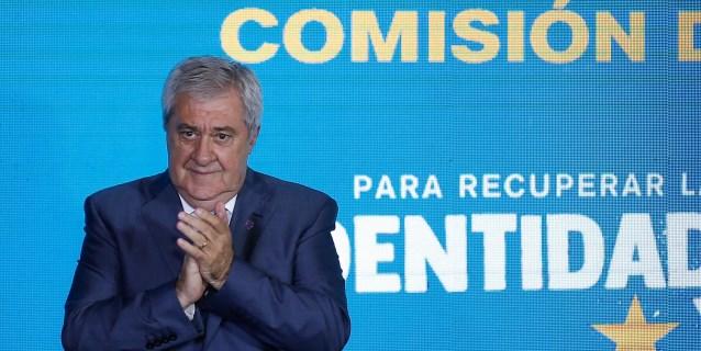 Boca presentó su nueva comisión directiva pero sigue sin revelar su técnico