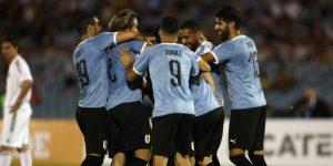 Con goles, música y amigos, Diego Forlán se despide como jugador de fútbol