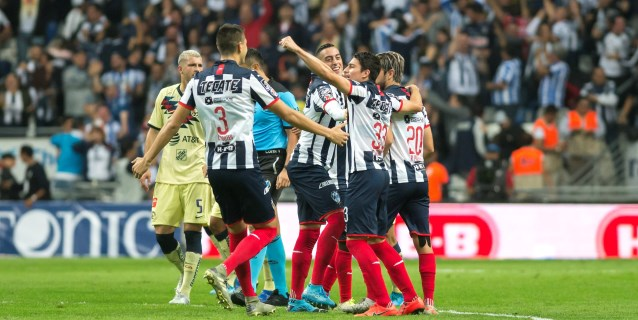 2-1. El argentino Funes Mori le da dramático triunfo a Rayados sobre América