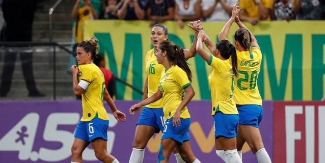 La Brasil de Pia Sundhage endosa un 'set' a México: 6-0