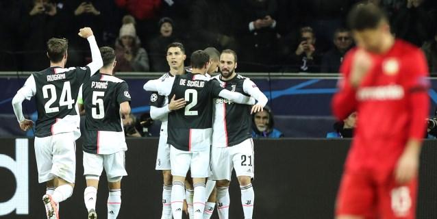 0-2. Cristiano e Higuaín envían al Juventus a octavos con récord de puntos