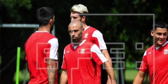 El Estudiantes de Milito inicia la pretemporada con Mascherano y Cauteruccio