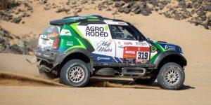 AUTO MOTO DAKAR: El lituano Zala da la campanada al ganar en coches la primera etapa del Dakar