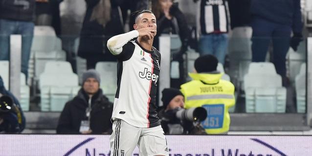 Cristiano firma un doblete y hace más líder al Juventus