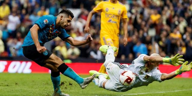 1-0. El América vence a los Tigres UANL con un gol de Henry Martin