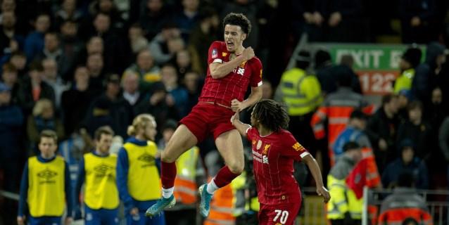1-0. Adrián y Jones dan el derbi y la clasificación al Liverpool