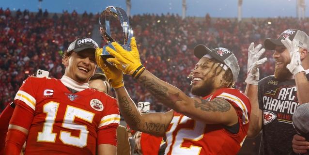 NFL: Mahomes lleva al Super Bowl a los Chiefs y Mostert a los 49ers
