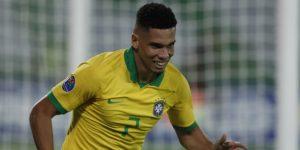 1-0. A falta de Reinier bueno fue Paulinho con gol para el triunfo de Brasil