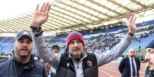 """El Lazio homenajea al """"guerrero"""" Mihajlovic antes del duelo con el Bolonia"""
