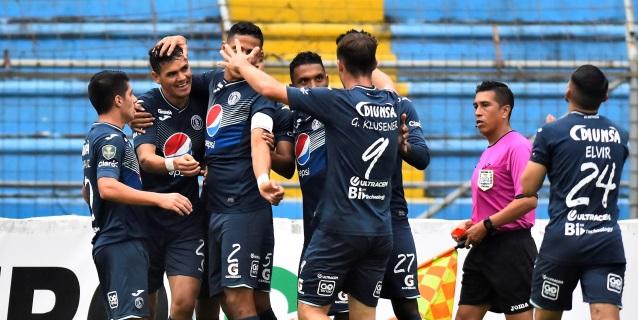 Motagua, con triplete del paraguayo Moreira, gana y sigue líder en Honduras