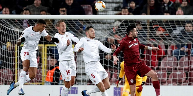 1-1. Un gol de En-Nesyri cerca del final salva al Sevilla
