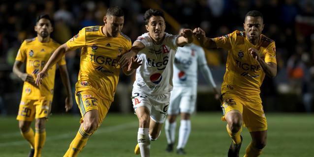 4-2. El argentino Nahuel Guzmán mete a Tigres en cuartos de manera milagrosa