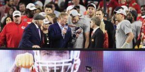 31-20. Mahomes y Williams lideran una remontada que deja campeones del Super Bowl a los Chiefs