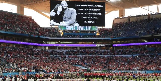 NFL: Jugadores de los Chiefs y San Francisco le rinden un tributo a Kobe Bryant