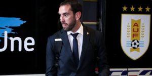 Godín llega a Montevideo y pide a los uruguayos que cumplan con la cuarentena