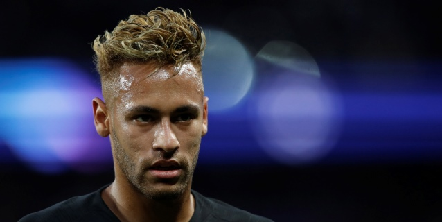 Neymar asegura que respeta la cuarentena tras criticada foto con amigos