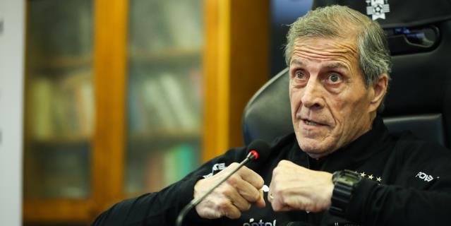 Los problemas económicos de la COVID-19 golpean al fútbol uruguayo
