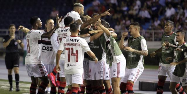1-2. Flamengo arranca la defensa del título con un triunfo y doblete de Ribeiro
