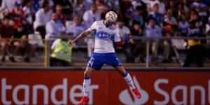 Católica, Calera y Curicó se juegan el liderato del fútbol en Chile, todavía con público