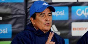 """Jorge Luis Pinto califica de """"mugre"""" al hondureño Costly, que lo tachó de loco"""
