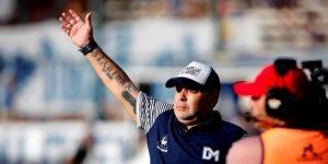 """Maradona: """"El hincha de Gimnasia me hace acordar al napolitano por su pasión"""""""