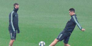 """Dos jugadores por campo, turnos y duchas en casa: así entrena el """"Calcio"""""""