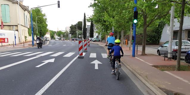 Francia quiere salir del confinamiento en bici