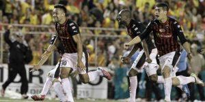 La Liga de Costa Rica reanuda el fútbol en América en medio del coronavirus