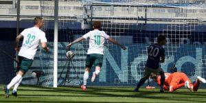 El Werder Bremen agranda la crisis del Schalke 04 y el Hertha vuelve a ganar