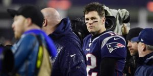 NFL: Brady y nueve jugadores entrenan en grupo, desobedeciendo órdenes