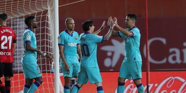 Retorno plácido para el Barça; el Espanyol sueña