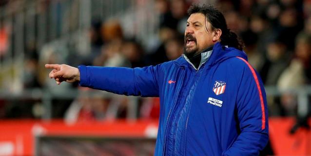 El 'Mono' Burgos deja el Atlético: adiós a la pizarra de Simeone