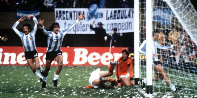 """Argentina recuerda su primer Mundial y Kempes habla de ese """"gustito"""""""