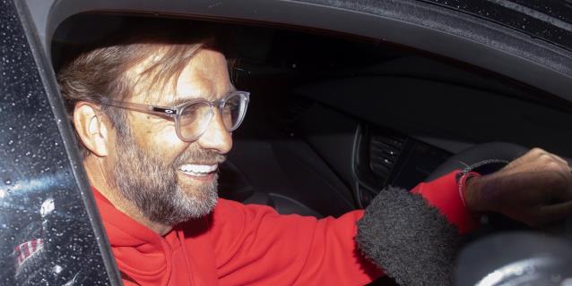 "El director deportivo del Dortmund llama a Klopp el ""Mohamed Ali del fútbol"""