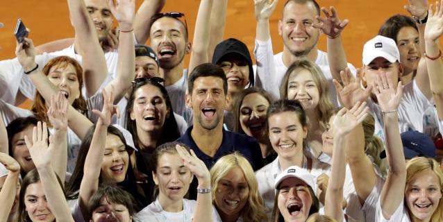 TENIS: El regreso a la normalidad de Djokovic estalla en una oleada de contagios