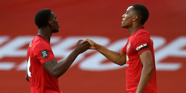 Martial guía a un buen United con un triplete