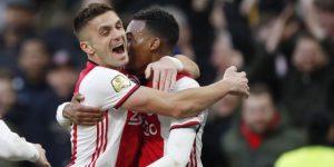 El Ajax ata a una de sus joyas, Ryan Gravenberch, hasta 2023