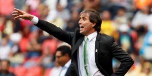 El uruguayo Almada dice que le llamaron para dirigir la selección de Ecuador