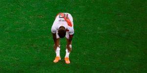 El peruano Farfán ya se entrena con el Lokomotiv tras recuperarse de COVID-19