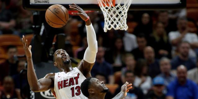 NBA: 111-106. Adebayo no hace sentir la ausencia de Butler y Heat ganan a Celtics