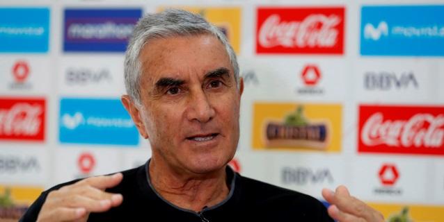 La suspensión de la Liga pone en riesgo la clasificación de Perú a Catar, dice Oblitas