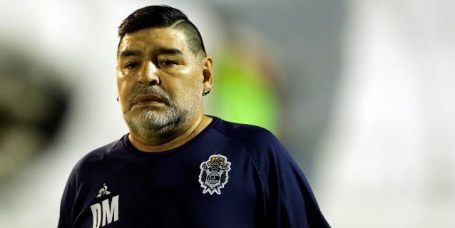 Gimnasia vuelve a las prácticas sin Maradona, que se somete a un hisopado