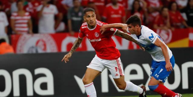 Alves, Gabigol y Guerrero se perfilan como protagonistas de la Liga brasileña