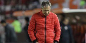 El Santos anuncia al argentino Ariel Holan como nuevo técnico