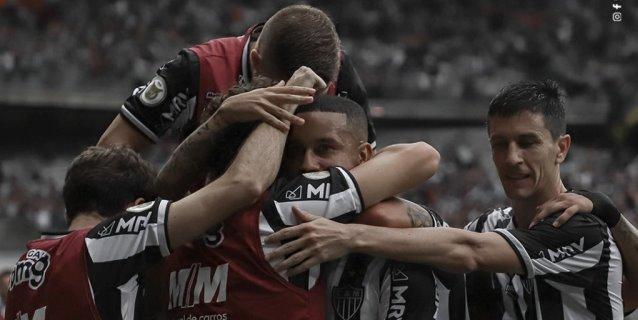 El Atlético Mineiro remonta y camina firme hacia el título de la mano de Hulk