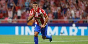 Luis Suárez frena a la Real y el clásico sigue teñido de blanco